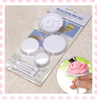 Wholesale 4pcs Set Cake Icing Cream Flower Nails Set Cupcake Stand Sugarcraft Decorating Tool