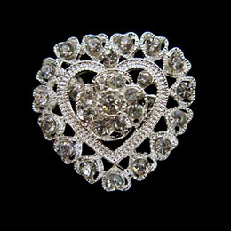 Wholesale Silver Tone Zinc Alloy Rhinestone Crystal Cut Out Heart Flower Pin Brooch