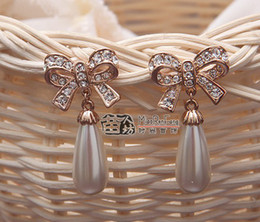 Rose Gold Plated Clear Rhinestone Crystal Water Drop Cream Pearl and Bow Design Stud Earring