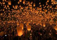 Des Lanternes de ciel qui souhaitent Lampe Sky Lanternes de Gros ignifuge lanternes