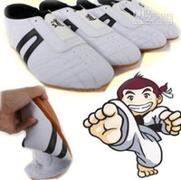 Wholesale Taekwondo Kung Fu Karate Tai Chi Martial Training shoes Footwear Sneakers lj