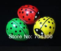 Wholesale Table Dust Vacuum Cleaner Multi Function Mini Innovative Ladybug