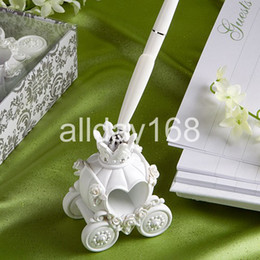 Wholesale Wedding Favor unique design Fairy tale the carriage pen pen rack pen holder Senior gift