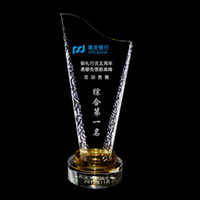 Wholesale Unique Trophy Design Optical Crystal Sport Trophy Glass Award Plaque Gifts Crystal JB022