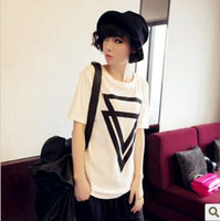 Wholesale spring and summer casual loose brief black triangle print short sleeve cotton t shirt tees D