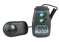 Wholesale New Digital Lux Meter Photometer Luxmeter LCD Light Meter Lux New Y1011A
