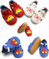 Wholesale toddler squeaky shoes Sandals Baby Squeaky Shoes White Leather Summer Sandals