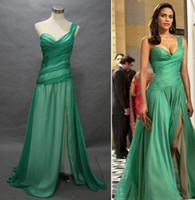 Real Photos Film Star One-Shoulder Celebrity Dresses Paula Patton In Green Dress In Mission Impossible A Line One Shoulder Side Slit Poly Chiffon Dress