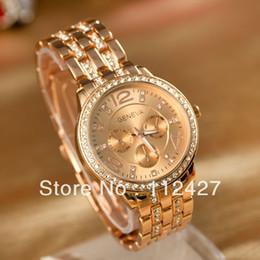 Wholesale Fashion women watches ladies Geneva wristwatches bracelet watches women alloy band wat