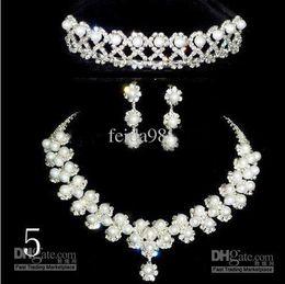 new Three-piece Bridal Accessories Tiaras Hair Accessories NEW style Wedding accessories 1