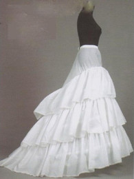 Wholesale Big Discount Hot Sale Ball Gown Layers Court Train White New Style Peticoat