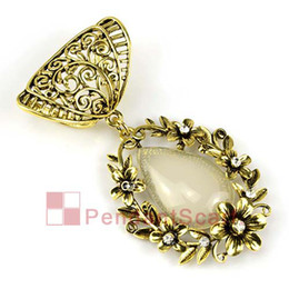 2PCS LOT, Top Fashion DIY Jewelry Necklace Scarf Findings Antique Bronze Alloy Flower Beige Resin Pendant Set Charm, Free Shipping, AC0193A