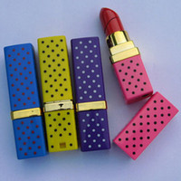 Wholesale New Colorful Portable Butane Flame Gas Point Lipstick Shape Model Cigarette Lighter