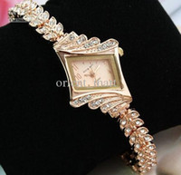 Wholesale Hot Sell Luxury Women Watches Ladies Wrist Watches Gorgeous Rhinestones Rose Gold Girl Women Bracelet Wrist Watch married engagement watches
