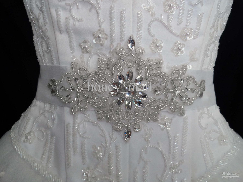 2017 dazzling floral pattern beaded crystal ribbon sash for Wedding dress beading patterns