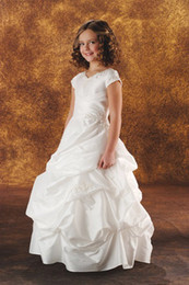 Wholesale Best selling Short sleeve Flower Girls Dresses Charming Bride Girls Dress Dancing Skirt Birthday Party Dress KM