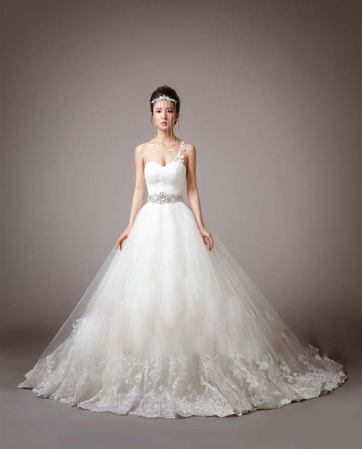Luxury Slim Bridal Wedding Dress Slim Gown Ball Gown