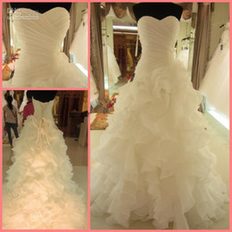 2016 New White Puffy Wedding Dresses A Line Sweetheart Ruched Ruffles Organza Brides Dresses with Lace up Back Bridal gowns