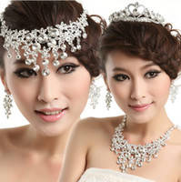 Wholesale Sparking Luxury Rhinestones Crystals Wedding Party Bridal Jewelry Set Including Necklace Earrings and Tiara Pieces Suit