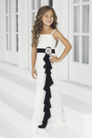 Wholesale Afforable A Line Spaghetti Straps Floor Length White Chiffon Black Belt Beads Pageant For Kids Beach Flower Girl Dresses For Wedding