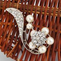 Wholesale Stylish Tail Style Rhinestone Imitation Pearl Brooch Pin