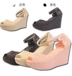 Wholesale 2013 summer fashion women s fish head wedges jelly sandals increased rain boots hollow Sandals female slope Bird s Nest shoes