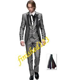 Wholesale Top selling Light grey One button Peak Lapel Groom Tuxedos Groomsmen Men Wedding Suits Prom Clothing Jacket Pants Vest Tie OK
