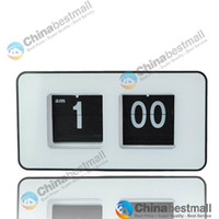 Wholesale Simple Modern Retro Auto Flip Number Desk Wall Clock Black