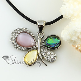 butterfly white oyster rainbow abalone pink oyster yellow oyster shell rhinestone pendant necklace Fashion jewelry in bulk