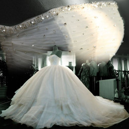 Wholesale Luxury Amazing Large Multilayer Fluffy Tulle Ruffles Beaded Ball Gown Bridal Wedding Dresses Corset Back Empire Waist Royal Train