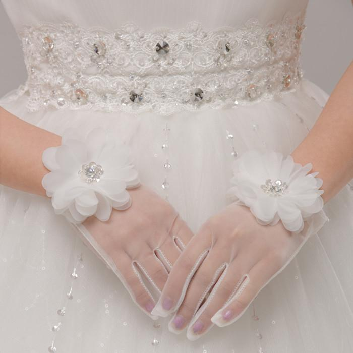 http://www.dhresource.com/albu_371825554_00-1.0x0/soft-net-short-bridal-gloves-full-finger.jpg