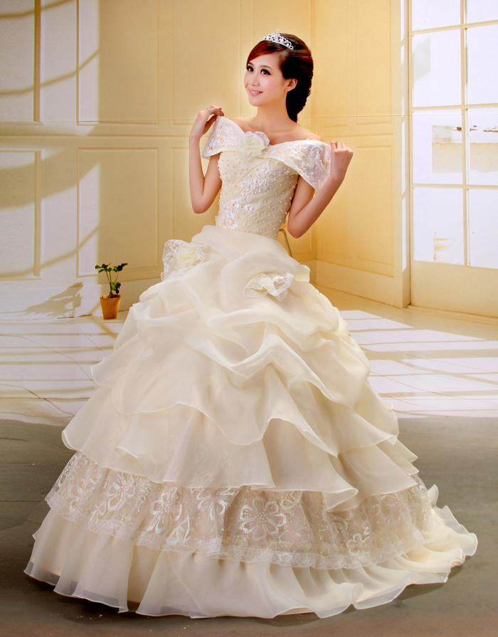 American wedding gowns online wedding dresses in redlands for Free wedding dresses for military brides