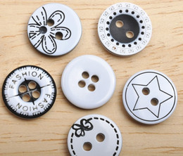 Wholesale ~ 100 pcs 13MM Neew Style White & Black Sewing Resin Buttons Decoration Buttons - WH707