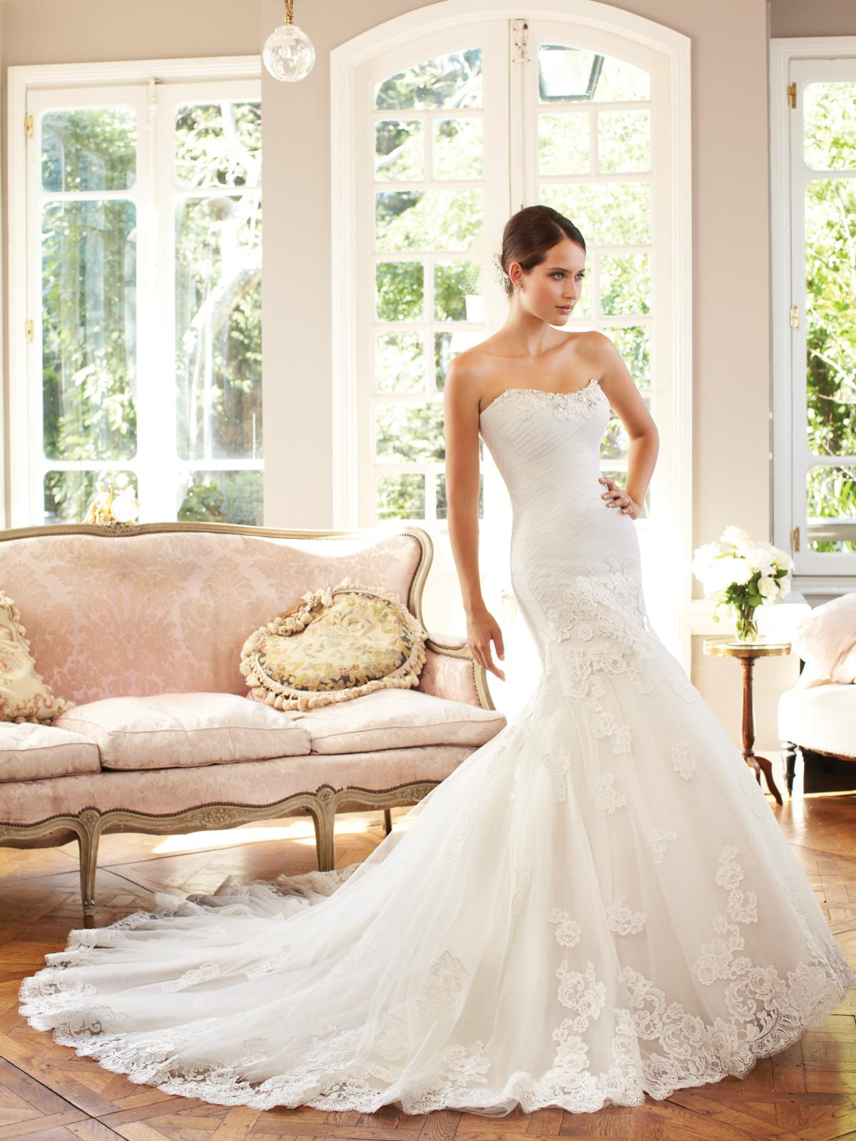 Elegant Strapless Covered Tulle Appliqued Lace Trim Mermaid ...