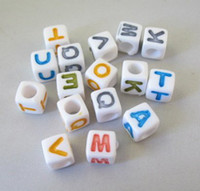 acrylic plastic colours - 1800 Mixed colour cube alphabet beads mm M18694