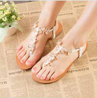 Wholesale high quality women Summer new diamond clip toe flat sandals flat Bohemian Roman sandals