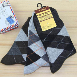 Wholesale socks new classic fashion cotton Diamond Men s business casual socks color options