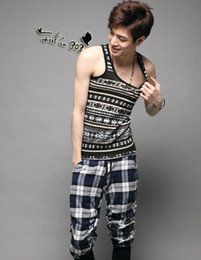 Wholesale New Arrival Retro Men s Tank Tops Round Collar Sleeveless Cotton Solid Skinny Summer Patchwork Fashion S M L XL Men s Vest HLL6