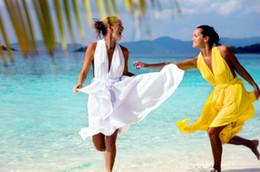 2016 Sexy Beach Bridesmaid Dresses A Line Colorful Halter Neckline Ruffle Chiffon Knee Length Girs Summer Dresses ZJ076