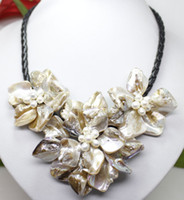 Wholesale Fashion Jewelry white shell pearl flower pendant necklace quot
