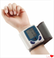 Wholesale Automatic Digital Wrist Blood Pressure Monitor Heart Beat Meter with LCD display