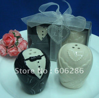 Wholesale wedding favors and gifts for guest the bride and groom ceramic salt and pepper shaker Souvenirs party Favors sets