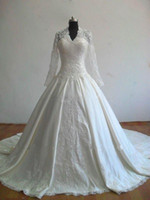Wholesale 2011 Royal Kate Middleton Bridal Gown Embroidery Beaded Sequins long sleeve Satin Wedding Dresses
