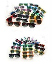 Wholesale 60PCS Colored glasses sunglasses retro sunglasses men and women can wear