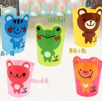 Wholesale 2723 cartoon debris bucket desktop garbage bucket multi purpose mini garbage bucket animal storage tube
