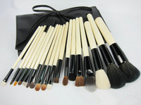 Wholesale Cheap Makeup Brush Kits Goat Hair Rattan Brush With Plastic Bag Black Color Branded Makeup Brush Kits