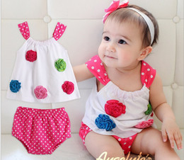 Wholesale 2013 Summer children clothing new style gallus T shirts briefs baby suits girls sets white size sets XR575