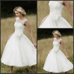 Wholesale 2013 Beach Wedding Dresses Custom Made Bateau Knee Length Bridal A Line Ivory Chiffon Summer Wedding Gowns Attire For Woman