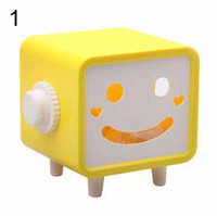 Wholesale Fun life Creative cartoon Tissue Boxes smiling face napkin box Holder pumping carton