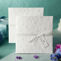 Wholesale Pure White Elgant Flower Embossed Wedding Invitations Cards With White Bow Customized and Printing Retail amp